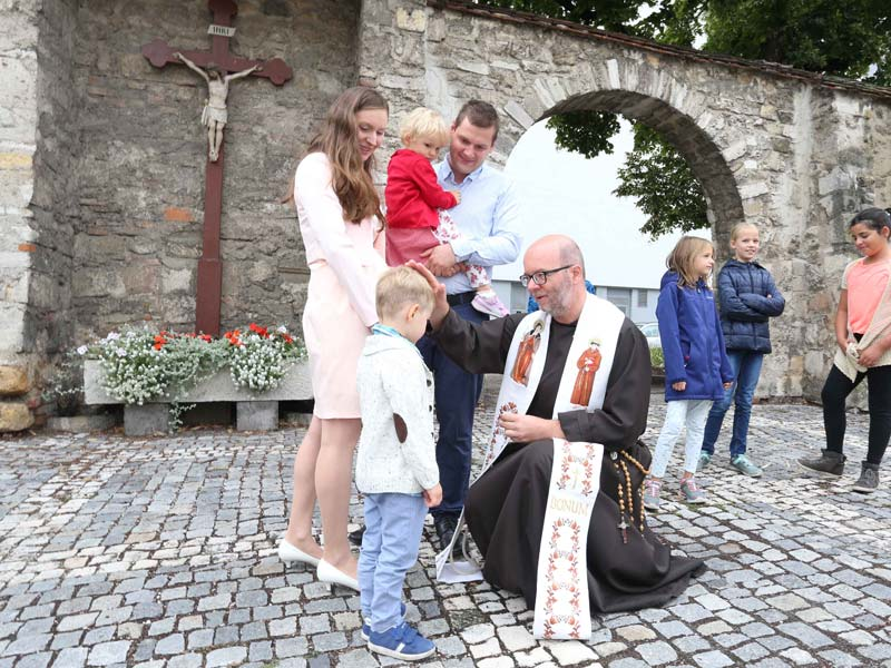 Im Kloster Leben Und Arbeiten